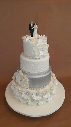 danielle's wedding cake