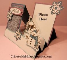 Cricut with Heart: Snowman Side Step Card(Step House Walks)Tutorial - Photo Step Card Base made with of a sheet of x cardstock and another x piece to back the photo. Rachel here from Cricut with Heart and today I have a fun card inspired by a fellow Pop Up Cards, Cool Cards, Holiday Cards, Christmas Cards, Winter Cards, Christmas Trees, Diy Christmas, Side Step Card, Stepper Cards