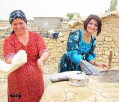 Kurdish Women from Nowdeshah baking Bread. Kurdish Food, Bread Baking, Iran, Gardens, Culture, Instagram Posts, Life, Women, Fashion