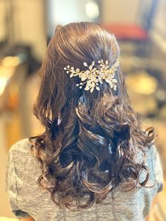 Bridesmaids Hairstyles, Bridesmaid Hair, Long Hair Styles, Beauty, Long Hairstyle, Long Haircuts, Bridesmaid Hairstyles, Long Hair Cuts, Beauty Illustration