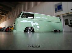 Old Cars.German Ones and preferably in Green. Volkswagen Transporter, Volkswagen Bus, Vw T1, Mini Bus, Kombi Food Truck, Eriba Puck, Kdf Wagen, Combi Vw, Vw Vintage
