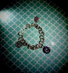 """👑💛""""Richiami regali per il bracciale realizzato su richiesta per Chiara...grazie per averci scelto""""💛👑 #creaCi #colcuore #creation #creativity #handmade #bijouxpersonalizzati #swarovski #pearls #bracelet #fantasy #tiffany #accessorize #morellatogioielli #rosatogioelli #princessstyle #ideeregalo #jewels #pendants #fashionstyle #creative #accessories #fashionblogger #handmadejewelry"""