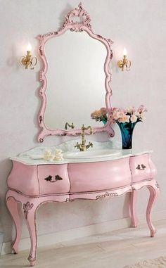 missingsisterstill:    Antiuqe Amazing Pink Sink/Dresser? and Mirrow ( I want this)