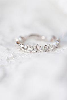 Delicate Engagement Ring, Vintage Engagement Rings, Solitaire Engagement, Vintage Rings, Engagement Bands, Vintage Promise Rings, Vintage Wedding Bands, Vintage Weddings, Dainty Ring