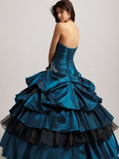 Someone please give me an excuse to wear something like this someday.