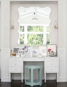 I would love to have a Vanity