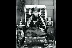 Dashi-Dorzho Itigilov (1852-1927).  Una momia en la posición de loto meditación encontrado 27 de enero 2015, en Mongolia se dice que posiblemente sea Itigilov.  (Wikimedia Commons)