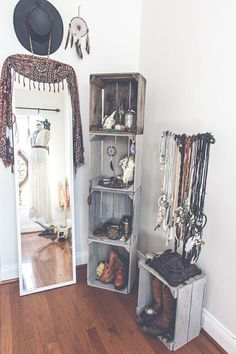 beautiful, bedroom, boho, boots, dream catcher, dress, grey, grunge, hate, inspiration, life, love, mirror, photography, room, room inspiration, shoes, unique, white