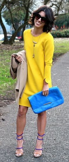 Street style - Love the dress!