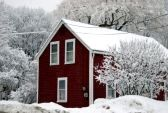 this is my new england dream home...i like to live in houses that reflect the region i guess.