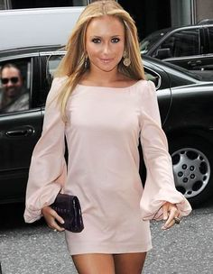 Long sleeves, short skirt  Hayden Panettiere