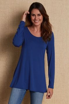 Our Scoop Neck Long Sleeve Tee is the perfect starting layer for any look. A great weight for springtime!