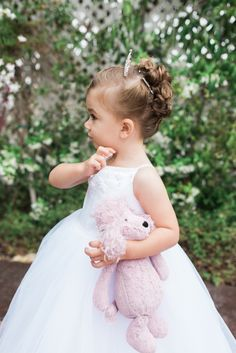 Could this flower girl be any cuter? Photography: Hello Blue Photo - www.hellobluephoto.com   Read More on SMP: http://www.stylemepretty.com/california-weddings/2016/07/27/beaming-bride-major-wedding-goals/