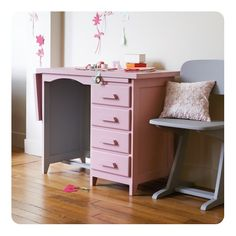 Children's furniture and room design just got better with the latest set of inspirations from French furniture guru's Laurette Deco. French Furniture, Paint Furniture, Kids Furniture, Vintage Furniture, Bedroom Furniture, Bedroom Sets, Girls Bedroom, Vintage Girls Rooms, Room Inspiration
