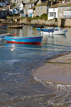 Mousehole, Corwall - There are very few places that can be found in the United Kingdom that have retained their original character and charm in the way that the tiny fishing village of Mousehole has. England And Scotland, England Uk, Places To Travel, Places To See, Devon And Cornwall, North Cornwall, Le Far West, Fishing Villages, English Countryside