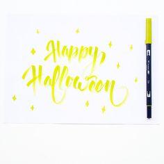 Happy Halloween ✨✏️  ———————————————————— #brush #brushlettering #illustrationoftheday #dailytype #lettering #handmadewithlove #handmadefont #hellotype #type #typewriter #goodtype #typography #logotype #calligraphy #calligraffiti #graffiti #flingern #düsseldorf #lettering #letterwriting #freehand #handfont #handtype #hellofont #customlettering #fontoftheday #fontlettering #type #typo #typelover #typejunkie #typografie