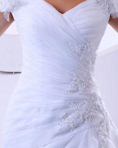 Bridal Handmade Flower Applique Organza A-line Wedding Dress
