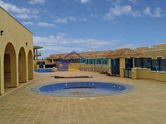¡PRECIO REBAJADO! Pisos y chalets adosados a estrenar en Caleta de Fuste, Fuerteventura, desde 44.000 €