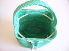 Crochet pattern for a drawstring bag. Practice by chabepatterns