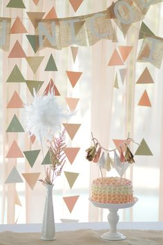 Pretty handmade decorations for a peachy geometric birthday party Lila Party, Festa Party, Baby Party, Diy Birthday Banner, Birthday Decorations, Pink Birthday, Pastel Party Decorations, Princess Birthday, Pastell Party
