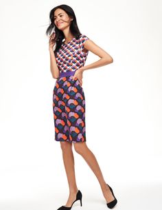 Discover our wide range of dresses for women at Boden, from smart day dresses to partywear. Mod Dress, Retro Dress, Eggplant Dress, Dresses For Work, Summer Dresses, Party Dress, Larger, Boden Dresses, Broad Shoulders