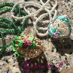 Pendenti 3D traforati #fimo #polimerclay #creativo #creativity #handmade #handcrafted #fattiamano #creativemamy #lemaddine #collana #necklace #bijoux #jewelry #pendente #instagram #shopping #gioiedije #instapic #instacool #instagood #picoftheday #fiori #flowers #instalove #handmadeisbetter #3d #cuore #heart