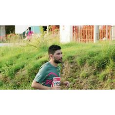 'Una foto corriendo' #YaIbaBienCansado #FueMiPrimer #10k #siAguante #runners #RosaFuerte #picoftheday