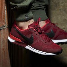 Nike Air Pegasus 83/30 (rot / schwarz) - 43einhalb Sneaker Store Fulda