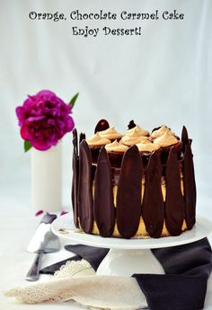 Chocolate Caramel Cake, Homemade Chocolate, Chocolate Cakes, Something Sweet, Vanilla Cake, Bacon, Cooking Recipes, Birthday Cake, Ice Cream