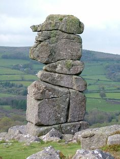 Bowerman's Nose - the local legend relates that a huntsman called Bowerman lived on the moor about a thousand years ago. When chasing a hare he and his pack of dogs unwittingly ran into a coven of witches, overturned their cauldron and disrupted their ceremony.
