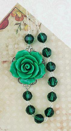 Emerald Necklace from EarringsNation Emerald Weddings Deep Green Weddings Emerald Bridesmaids Christmas Gift Garden Weddings Vintage Style Weddings