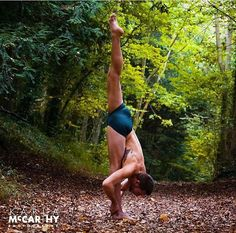 Sam King looking awesome wearing Men's Meryl Pole Shorts by Wink Dancewear Photographer - Karla McCarthy Yoga Wear, Gym Wear, Dance Wear, Sam King, Summer Prints, Funky Fashion, Pole Dancing, Second Skin, Workout Tops