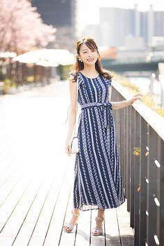 Girls Sweaters, White Sweaters, Nice Dresses, Summer Dresses, Yukata, Kawaii Girl, Japanese Girl, Kimono, Beautiful Women