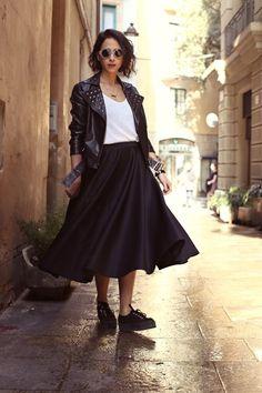 Midi Skirt and snekers