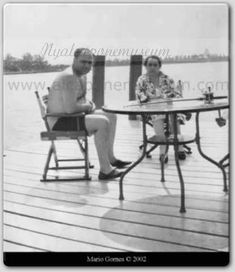 "Alphonse ""Al"" Gabriel Capone, relaxing in the Sun with his mom on the dock of his Florida mansion, Syphilis by this time in his life was ravaging his mind. American Crime, American History, Sleep With The Fishes, Florida Mansion, Tragic Hero, Chicago Outfit, Real Gangster, Crooks And Castles, Rare Photos"