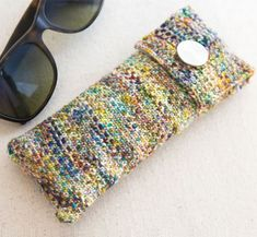 Free Knitting Pattern and Class for Linen Stitch Glasses Case Knitting Kits, Easy Knitting, Baby Knitting Patterns, Loom Knitting, Knitting Projects, Stitch Patterns, Crochet Patterns, Yarn Projects, Swatch