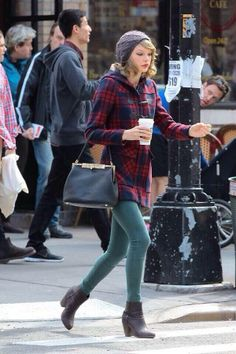 Morning rush to coffee break she always looks perfect. And her new song blank space totally says it. Got to love those Starbucks lovers. They'll tell you I'm insane. It is really star crossed lovers but she did joke around about Starbucks lovers