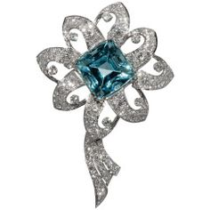 Lovely Aquamarine Diamond Flower Brooch
