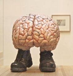 Jan-Fabre-chimeres-cerveau-galoches.jpg (478×499)
