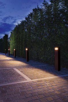 BITTA - Designer Outdoor floor lights from L&L Luce&Light ✓ all information ✓ high-resolution images ✓ CADs ✓ catalogues ✓ contact. Bollard Lighting, Pathway Lighting, Landscape Lighting, Outdoor Lighting, Deep Water Bay, Led Light Fixtures, Outdoor Flooring, Exterior Lighting, Pathways