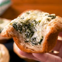Individual Spinach Artichoke Bread Bowls mean you don't have to share. Get the full recipe at Delish Appetizer Recipes, Appetizers, Cooking Recipes, Healthy Recipes, Healthy Food, Bread Bowls, Light Recipes, Food Menu, Clean Eating Snacks