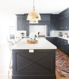 "243 Likes, 2 Comments - Style Me Pretty Living (@smpliving) on Instagram: ""Black is back and this kitchen designed by @the_fox_group_ and @cscabinetry is the pretty proof …"""