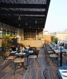 hotel exterior The_Serras-Exterior-Restaurant Outdoor Restaurant Design, Terrace Restaurant, Hotel Restaurant, Restaurant Furniture, Restaurant Interior Design, Rooftop Terrace, Design Hotel, Restaurant Ideas, Decoration Restaurant