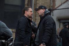David Lyons & Patrick Murney in season episode 7 of Seven Seconds. David Lyons, Netflix Series, Season 1, Winter Jackets, Revolution, Winter Coats, Winter Vest Outfits