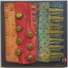 VICKI  GRANT - 12212- Homage to Tane Muhuna -  Porcelain
