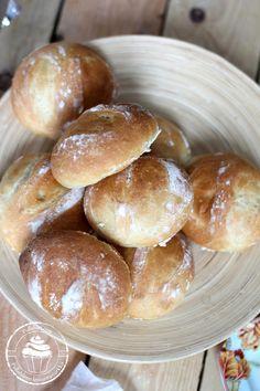 Pullahiiren leivontanurkka: Herkulliset vehnäsämpylät rapealla kuorella Pretzel Bites, Hamburger, Bread, Food, Brot, Essen, Baking, Burgers, Meals