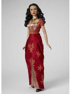 SIHNON | Tonner Doll Company