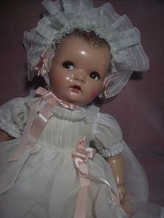 Vintage Composition Baby Doll by Ideal With Flirty Eyes Victorian Dolls, Antique Dolls, Vintage Dolls, Child Doll, Baby Dolls, Baby Boomer Era, Creepy Halloween Props, Vintage Baby Toys, Effanbee Dolls