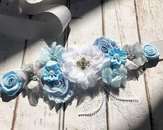 Blue Maternity Sash, Dad to be pin, Crown Baby Blue Pregnancy Sash Belly Belt Photo Prop Gift Keepsake Baby Shower Gender Reveal Party - Welcome to our website, We hope you are satisfied with the content we offer. Distintivos Baby Shower, Baby Shower Flowers, Baby Shower Gender Reveal, Baby Shower Parties, Baby Shower Gifts, Flower Belt, Flower Crown, Photo Prop, Maternity Sash