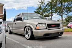 Simply Clean 4 by Amber Quiros, via Flickr